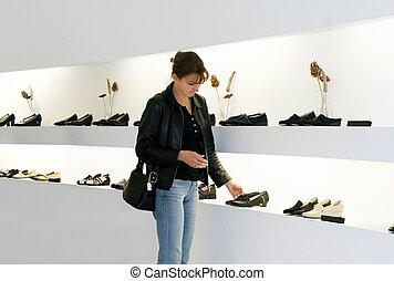 nakupování, obuv