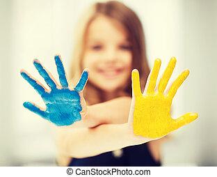 namalovaný, děvče, showing, ruce