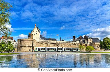 nantes, 都市, 市街電車, ブリタニー, フランス, 水 噴水, 鏡, 公爵, 城