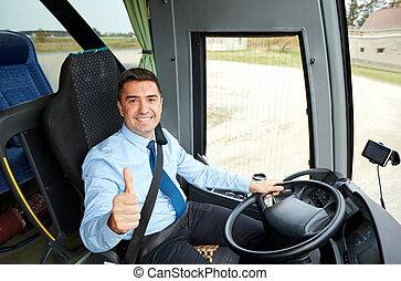 napędowy, snowing, kierowca autobusu, do góry, kciuki, szczęśliwy