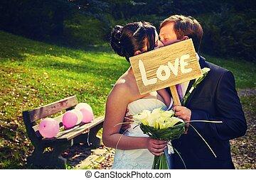 nap, esküvő