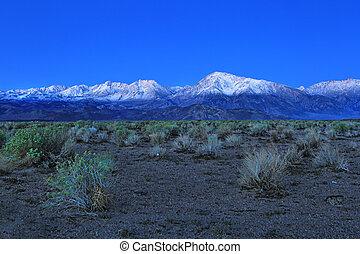napkelte, alatt, a, hegylánc, hegyek, californa