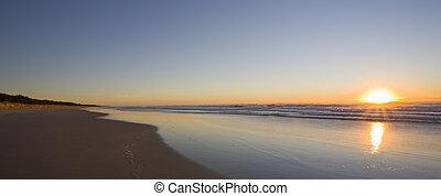 napkelte, tengerpart