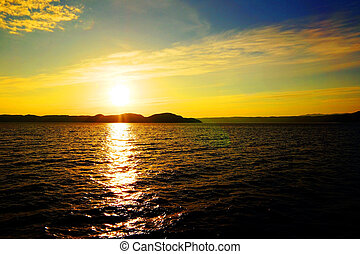 napnyugta, felett, víz