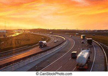 napnyugta, képben látható, a, autóút, közel, budapest