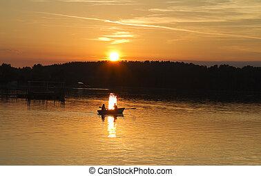 napnyugta, képben látható, a, tó, csónakázik