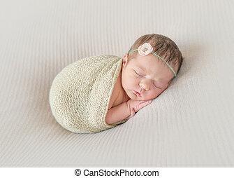 napping, 掛かること, 包まれた, から, 腕, 子供