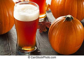 narancs, világos sör, habzó, sütőtök