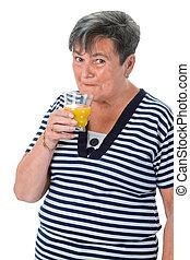 narancslé, senior woman, ivás