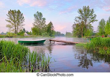 narew, אחרי, poland., גשר קטן, סירה, ערפל, כפרי, נוף של נחל