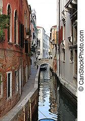 narrow, 水 方法, 中に, ベニス イタリア