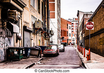 Narrow alley in downtown Philadelphia, Pennsylvania. -...