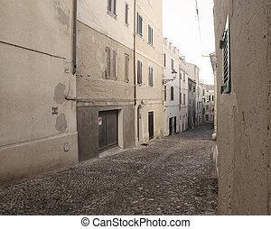 narrow street in Alghero