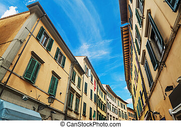 Narrow street in Pisa