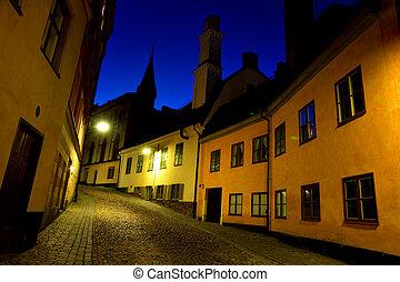 Narrow street in stockholm - Narow strret in old part of...
