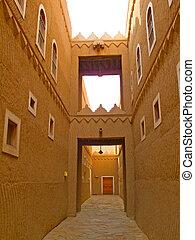Narrow street of the old Riyadh