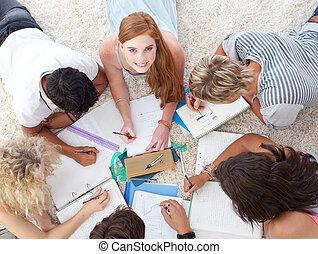 nastolatki, grupa razem, badając