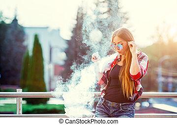 nastrojony, kobieta, city., image., spusty, na, młody, vapor...