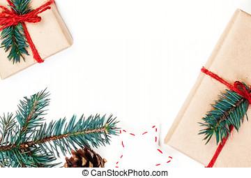 natal, feriados, fundo, com, festivo, decorações, e, presente boxeia, branco, tábua madeira, com, espaço cópia, para, seu, texto