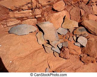 Native American Pottery Sherds - Finding of historic Anasazi...