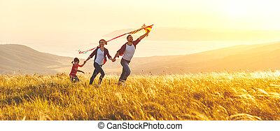 natura, figlia, bambino, padre, tramonto, famiglia, felice, aquilone, madre, lancio