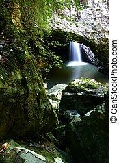Natural Bridge Falls - Waterfall in Cave - Natural Bridge, ...