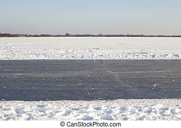 Natural ice track