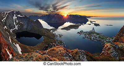 nature, panorama, paysage montagne, à, coucher soleil, norway.