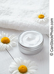 naturel, organique, herbier, crème cosmétique, à, camomille, fleurs, vitamine