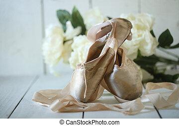 naturel, pointe, posé, chaussures, lumière
