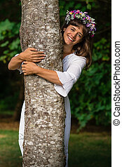 natureza mãe, abraçando, árvore