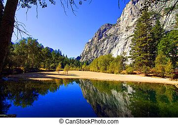 natuur, buiten, landscape, met, water, en, bergen
