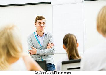 nauczyciel, mówiąc, z, studenci