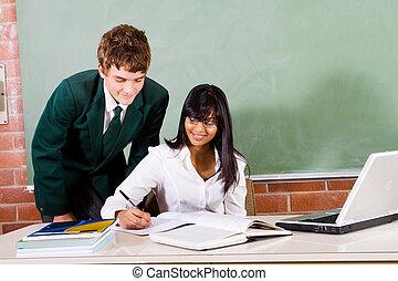 nauczyciel, student