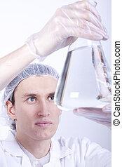 naukowiec, pracujący, w, laboratorium