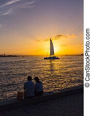 navigando tramonto