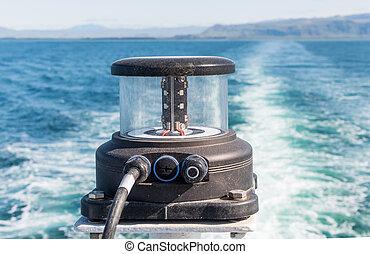 Navigation light on board a ship