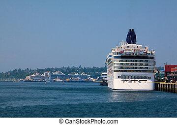 navio cruzeiro, popa, em, harborside
