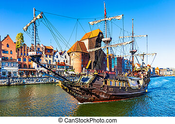 navio histórico, em, a, cidade velha, de, gdansk, polônia