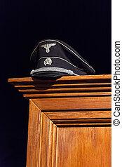 nazist, mössa, exhibited, på, trä, garderob