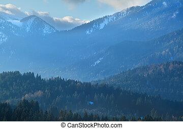 nebbioso, tramonto, in, autunno, alpi