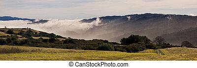 nebuloso, califórnia, montanhas