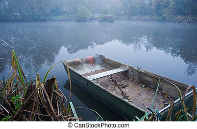 nebuloso, lago, bote