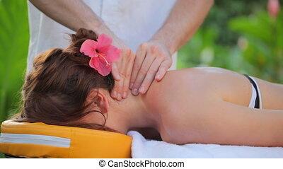 neck massage with audio