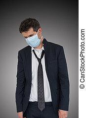 nedslagen, skydda, affärsman, slitagen, sig själv, disease., sjuk, skyddande maskera