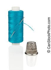 needle thread thimble