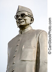 Public monument statue of Dr Neelam Sanjeeva reddy (1913 - 1996) former President of India. Statue beside a busy road in Hyderabad, Andhra Pradesh, India.