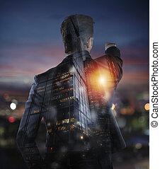 negócio, distante, opportunities., homem negócios, olha, dobro, novo, exposição