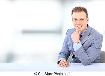 negócio, jovem, isolado, homem, escrivaninha, branca
