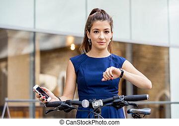 negócio mulher, dela, relógio, olhar, bonito